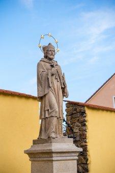 Socha sv. Jana Nepomuckého v Sulislavi