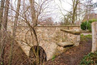 Silniční most v Únehlích